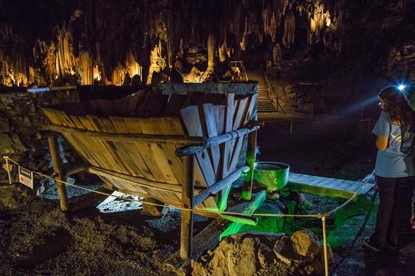 Desoto-Caverns_MG_5516_9169s