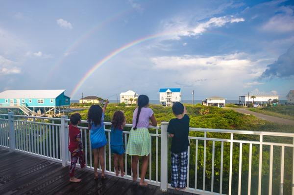 Kids-and-Rainbow_MG_2858 s
