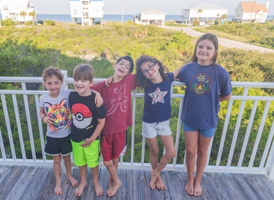 08 2017-Family-Vacation-Cousins-Pic_MG_3358 s s