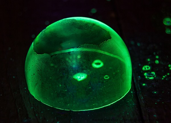 Glow-in-the-Dark-Frozen-Bubble