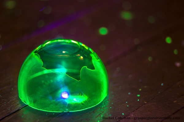 Glow-in-the-Dark-Frozen-Bubbles-2